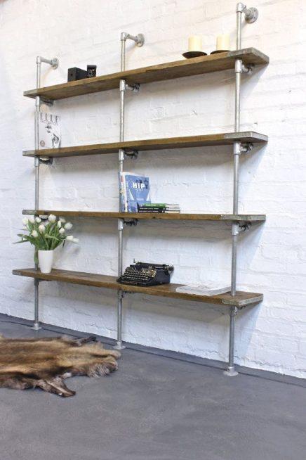 Zelf jouw interieur maken met behulp van steigerbuizen koppelingen en steigerhout inrichting - Maken van zijn boekenkast ...