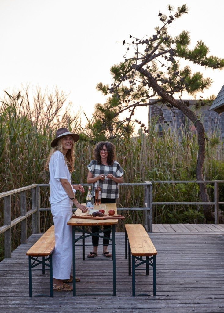 ann-stephenson-fire-island-a-frame-kate-sears-photo-remodelista-16a