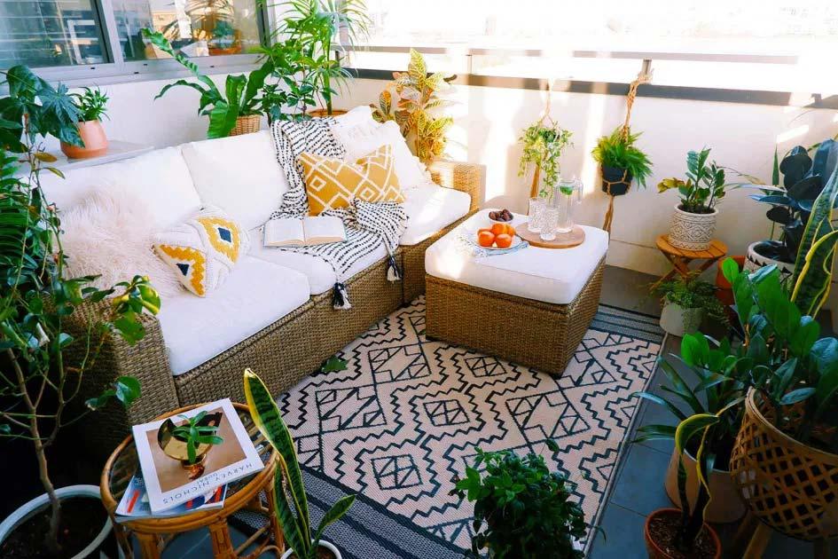 Leuke balkon makeover van Shehzeen