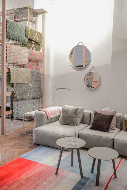Nya Interieurontwerp Dot Carpet photo Souraya-Binti Home