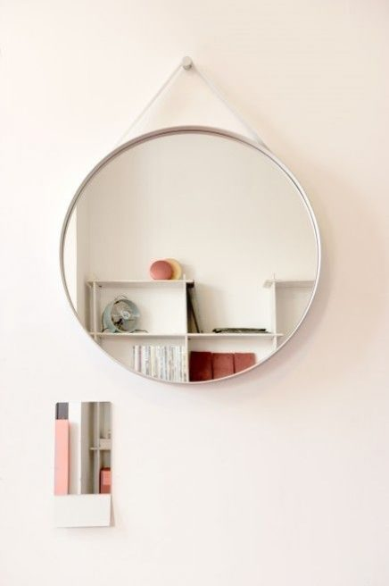 Nya Interieurontwerp Strap Mirror Hay photo Wootay