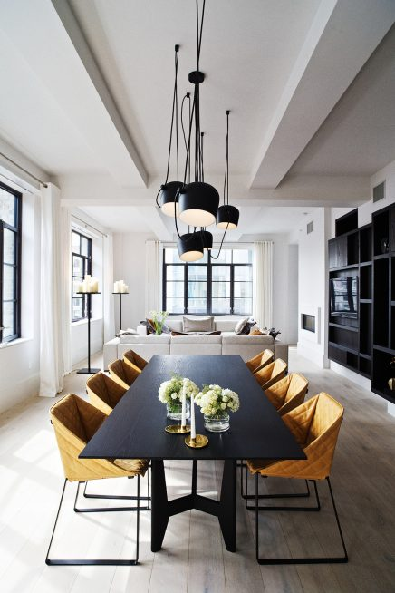 Nya Interieuronwerp eetkamertafel Huys on 404 in NYC by Piet Boon op knstrct.com