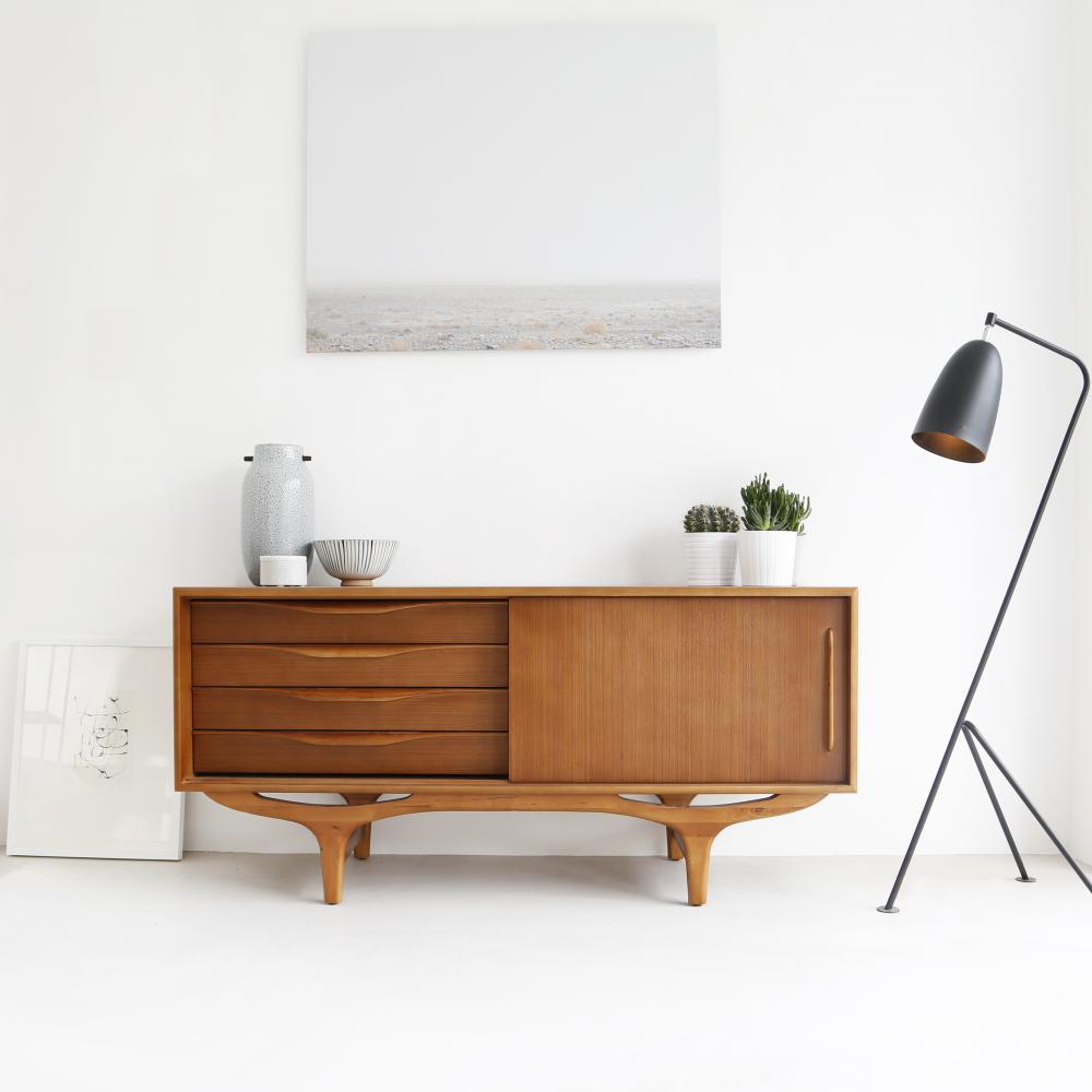 Teak vintage Dressoir - retro commode - interieurwinkels Antwerpen - side board 140cm - Josephine - Furnified - SF1
