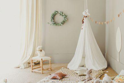 Babykamer met mooie kleuren, materialen en meubels  Inrichting-huis ...