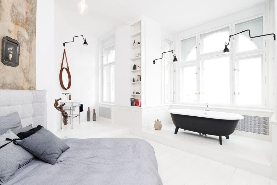 bad op pootjes witte slaapkamer