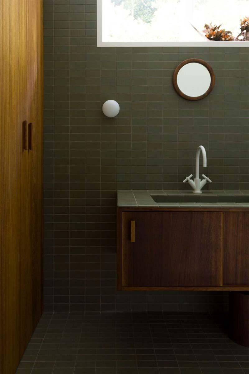 badkamer olijfgroene tegels