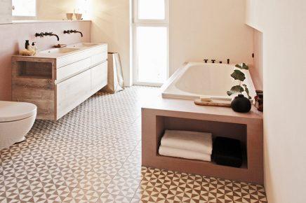 De mooiste roze badkamer! | Inrichting-huis.com