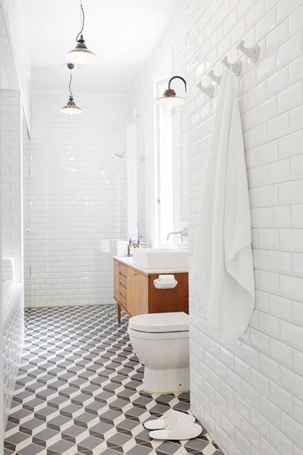 Retro Lampen Badkamer ~ Badkamer met sauna  Inrichting huis com