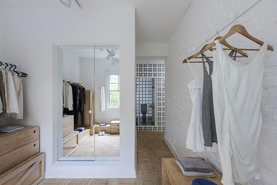 badkamer-spiegeldeur-inloopkast