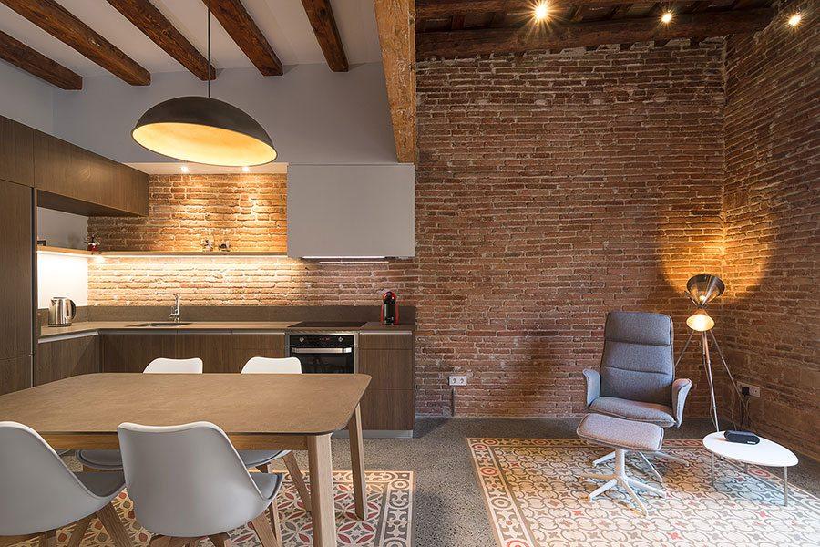 bakstenen-muur-appartement