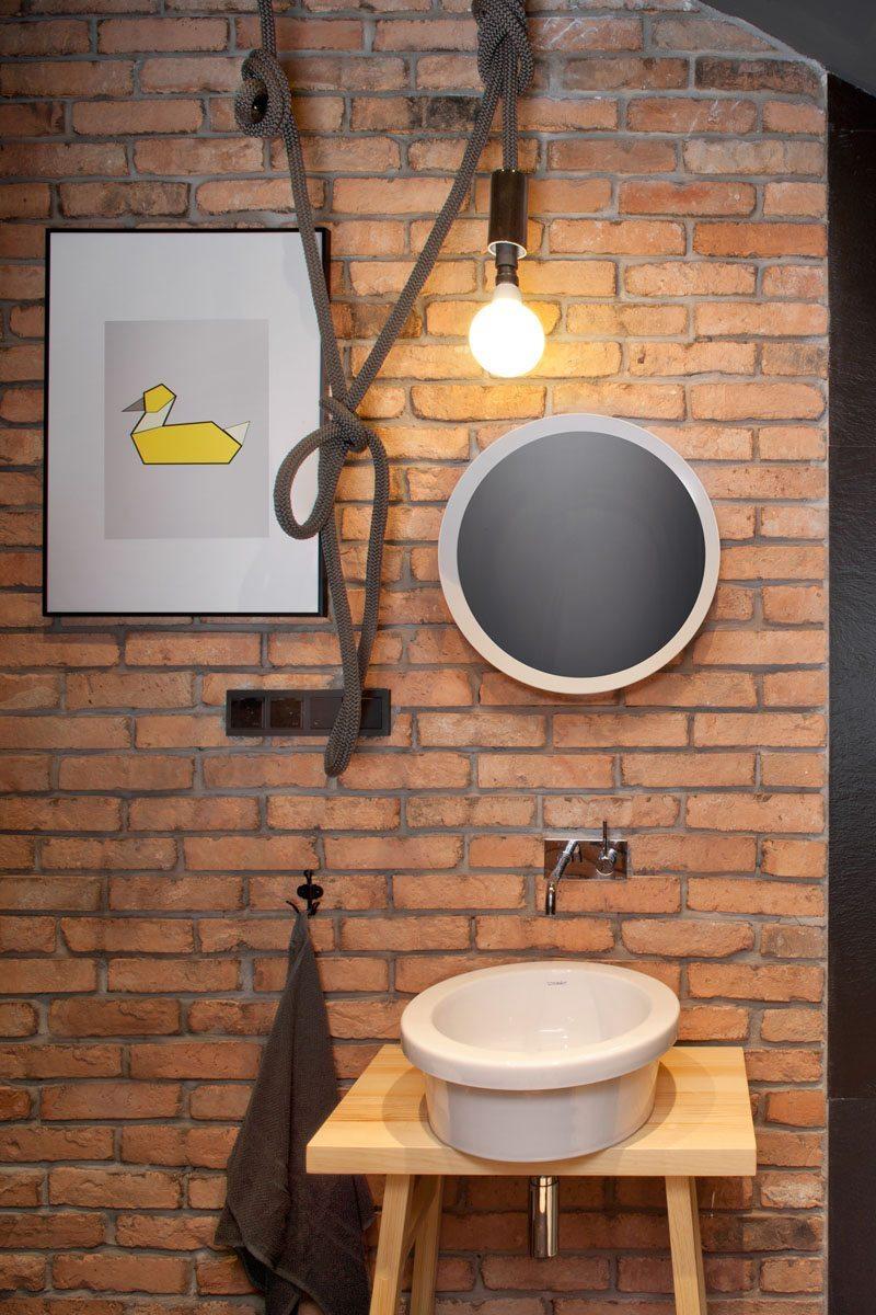 bakstenen-muur-badkamer-loft