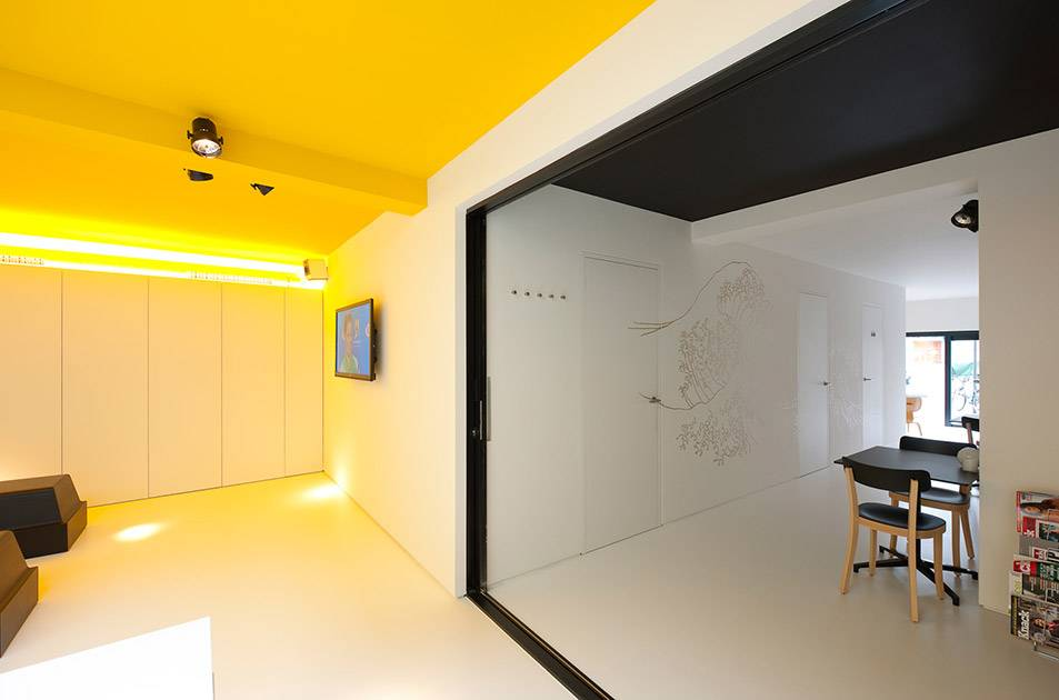 B&B, koffiebar en kantoor Yellow Submarine in Antwerpen