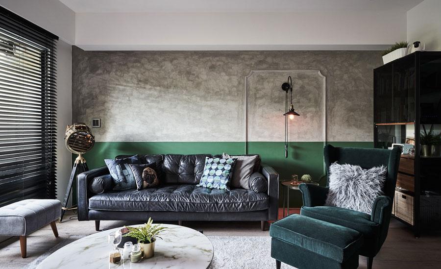 betonstuc muur groene lambrisering schilderen
