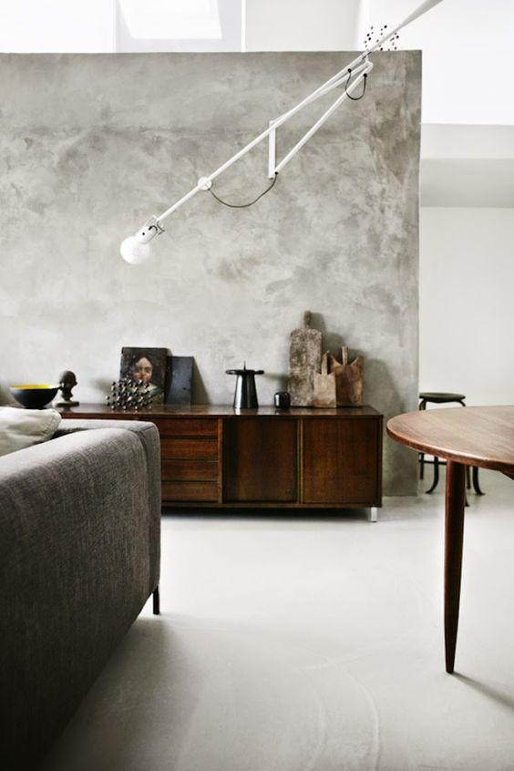 betonstuc-muur-woonkamer