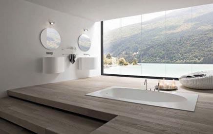 Bijzondere badkamer met bijzonder uitzicht