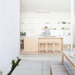 Licht en ruim interieur in Australische woning
