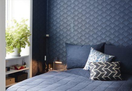 mooi blauw behang in slaapkamer van kasper inrichting huis
