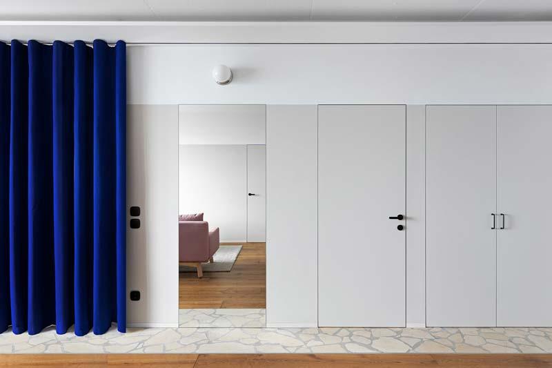 blauwe gordijnen roomdivider