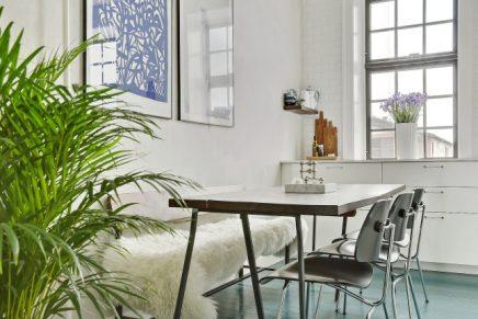 Blauwe vloer keuken