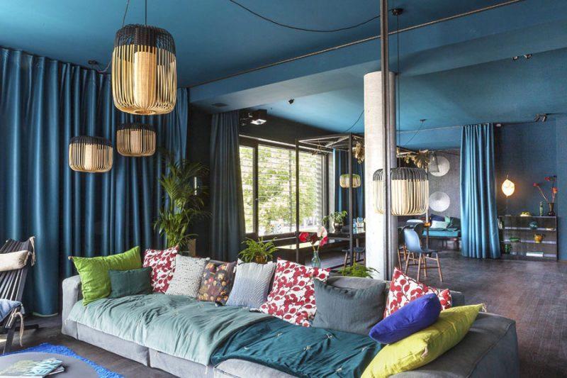 http://www.inrichting-huis.com/wp-content/afbeeldingen/blauwe-woonkamer-met-een-aziatisch-tintje-800x533.jpg