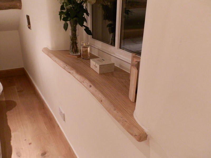 boomstam houten plank vensterbank