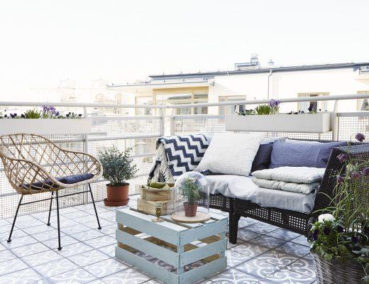 Cementtegels op het balkon