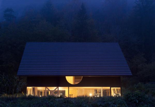 Modern Zwitsers Chalet : Modern zwitsers chalet inrichting huis
