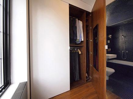Neutrale Stijlvolle Inloopkast : Compacte inloopkast van klein appartement in new york inrichting