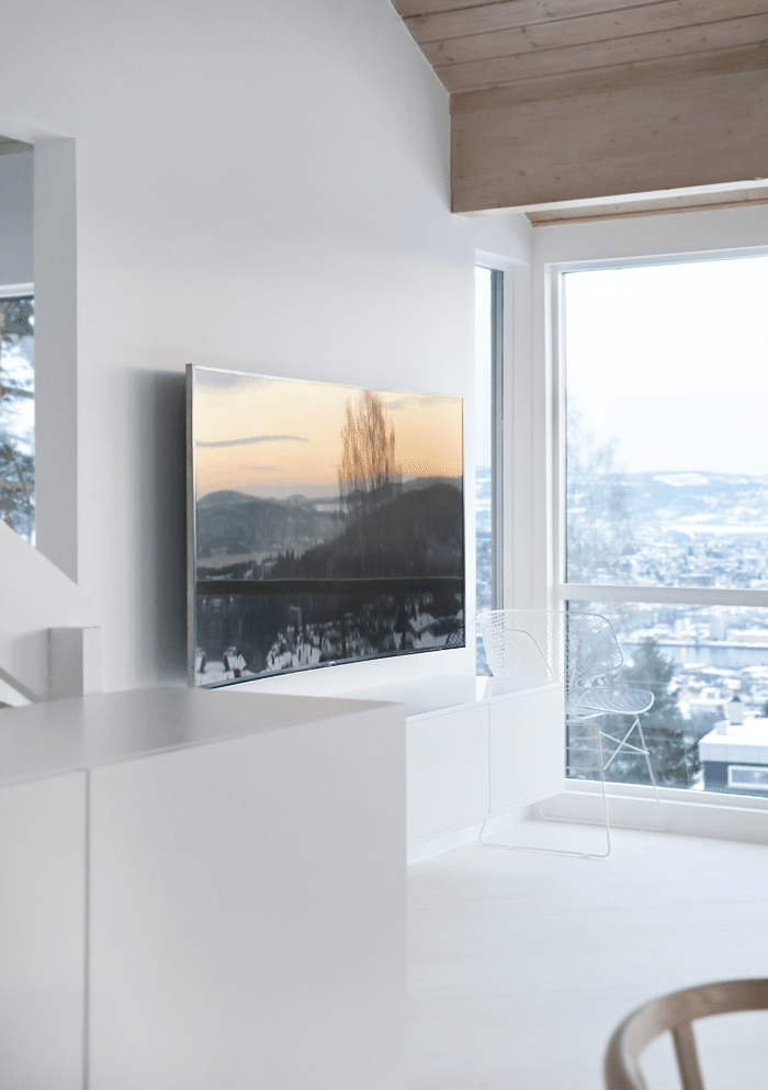curved-tv-muur
