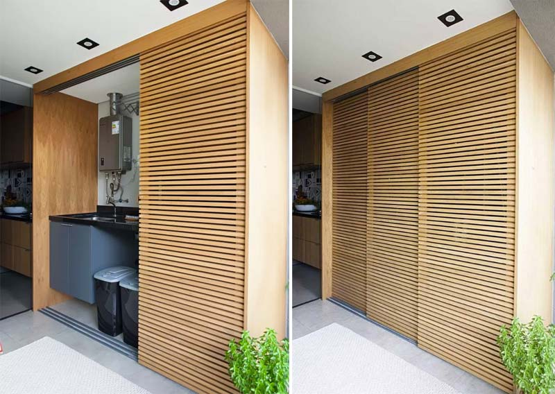 Heb je een grote badkamer? Dan kan je ook voor dit idee gaan - een mooie houten kast met schuifdeuren!