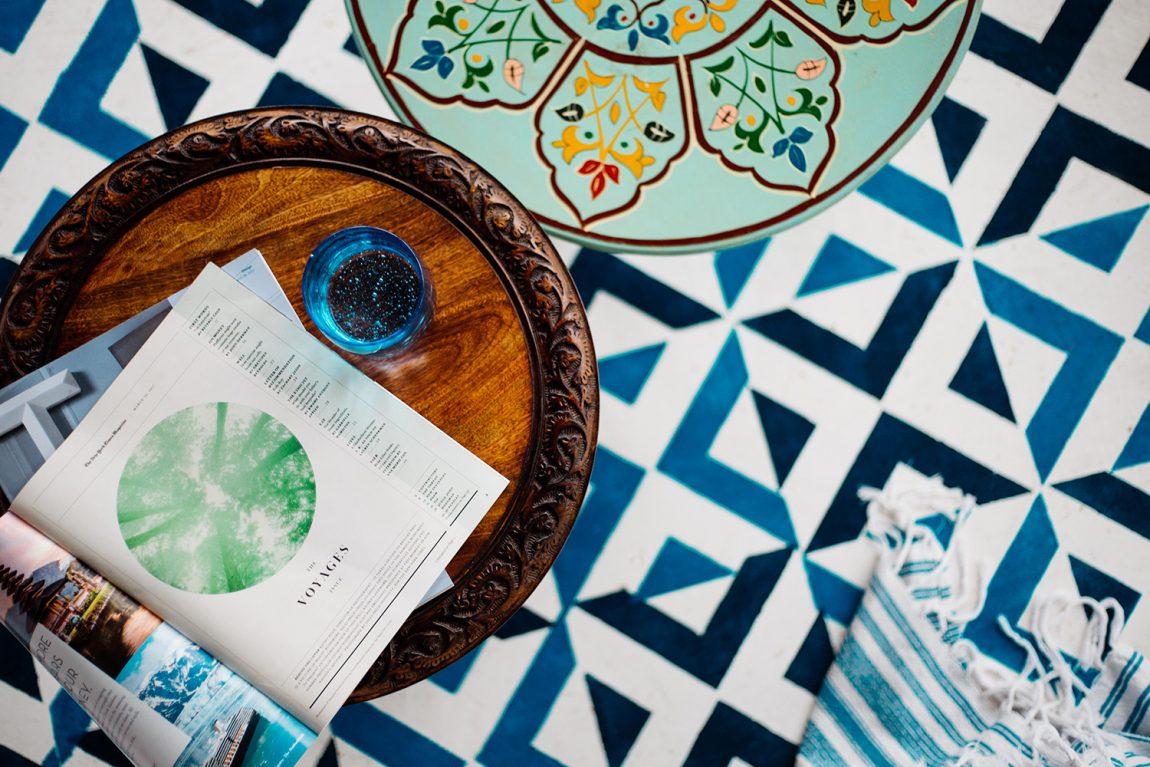 Perfecte Midsommar Tuin : Dabito creëerde een inspirerend overdekt terras in de tuin