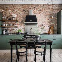 De geweldige groene keuken in dit appartement is niet het enige wat mooi is!