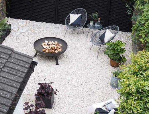 De mooie grind tuin van Cate!