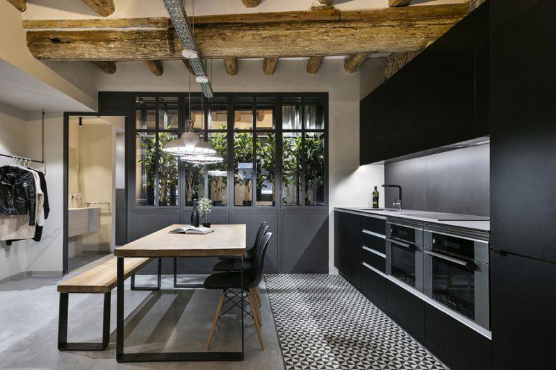 Deze woning van 64m2 is verbouwd tot een stoere New Yorkse loft
