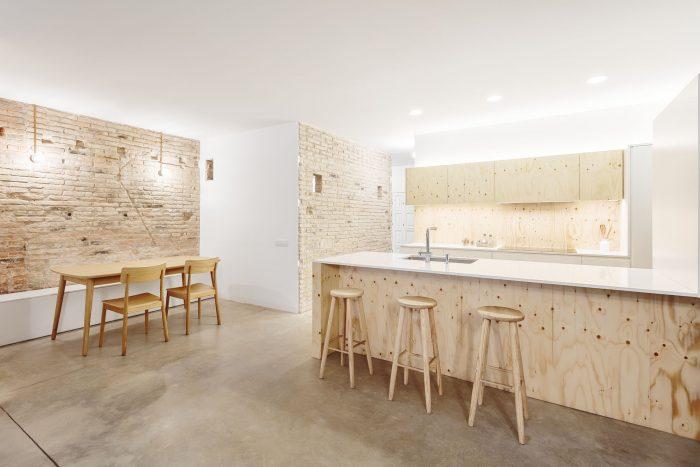 underlayment keuken houten barkrukken