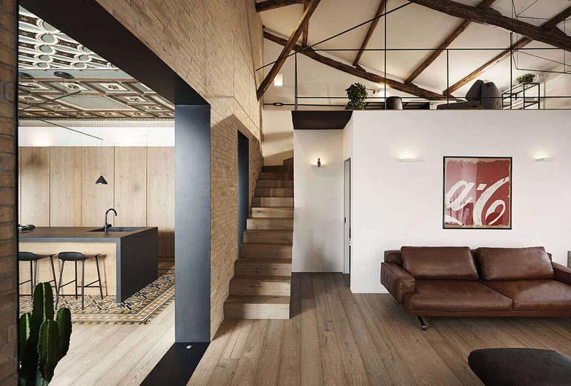 Dit karakteristieke appartement is weer volledig in ere hersteld!