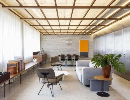 Dit stoere appartement is speciaal ontworpen voor het hosten van feestjes!