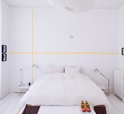 DIY wall graphics met tape