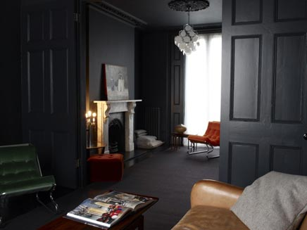 Donkere vintage woonkamer  Inrichting-huis.com
