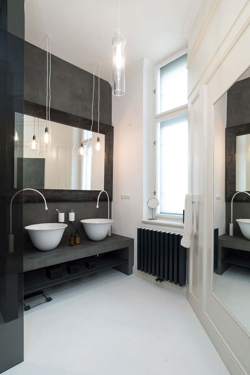 donkergrijze beton cire badkamer