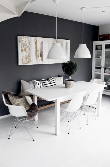 Grijze muur inrichting for Black n white living room