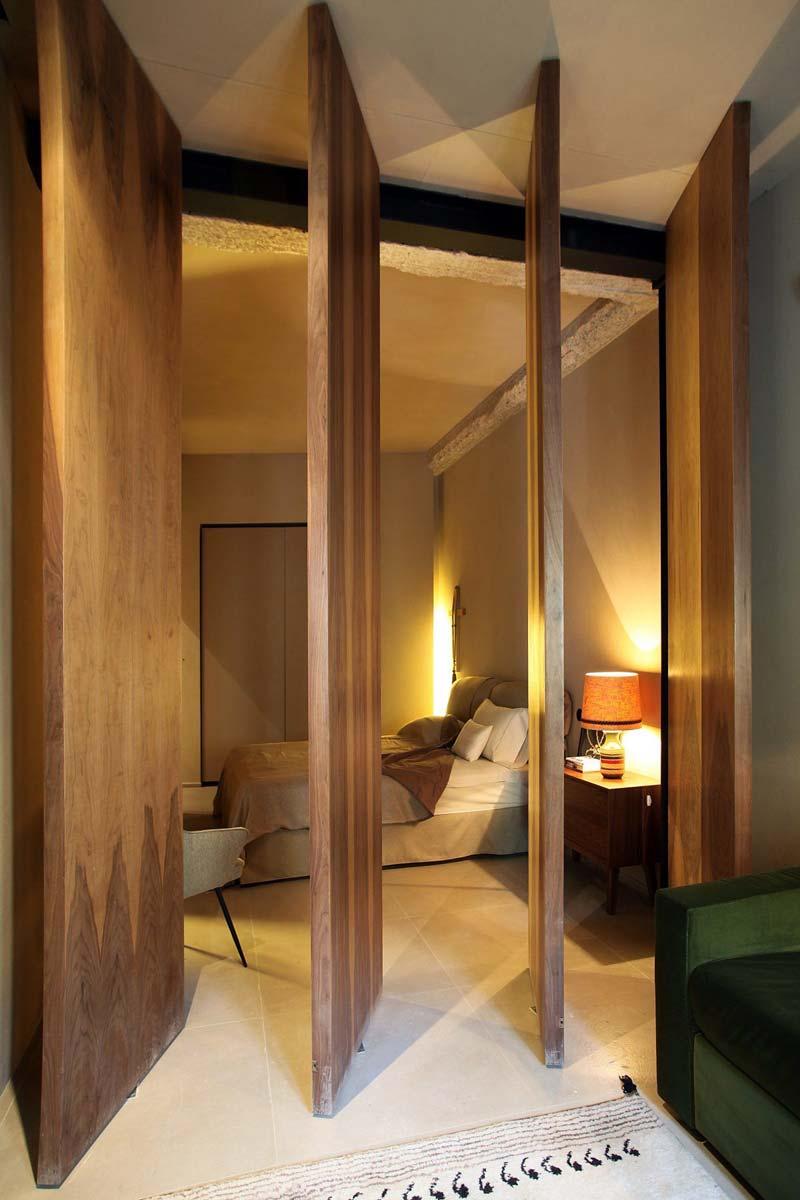 driedubbele houten taatsdeuren