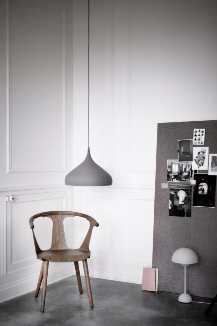 eiken-houten-andtradition-in-between-stoel-2