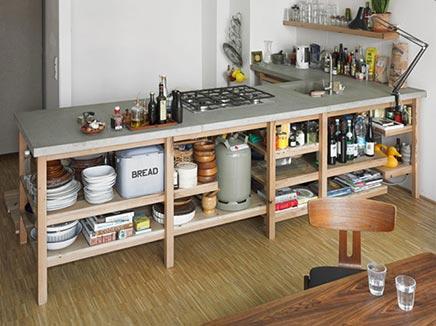 Eiken keuken met betonnen werkblad
