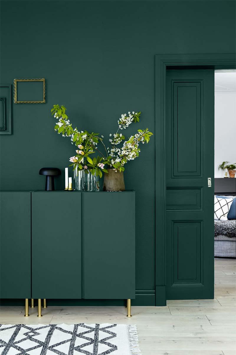 emeraldgroene muur