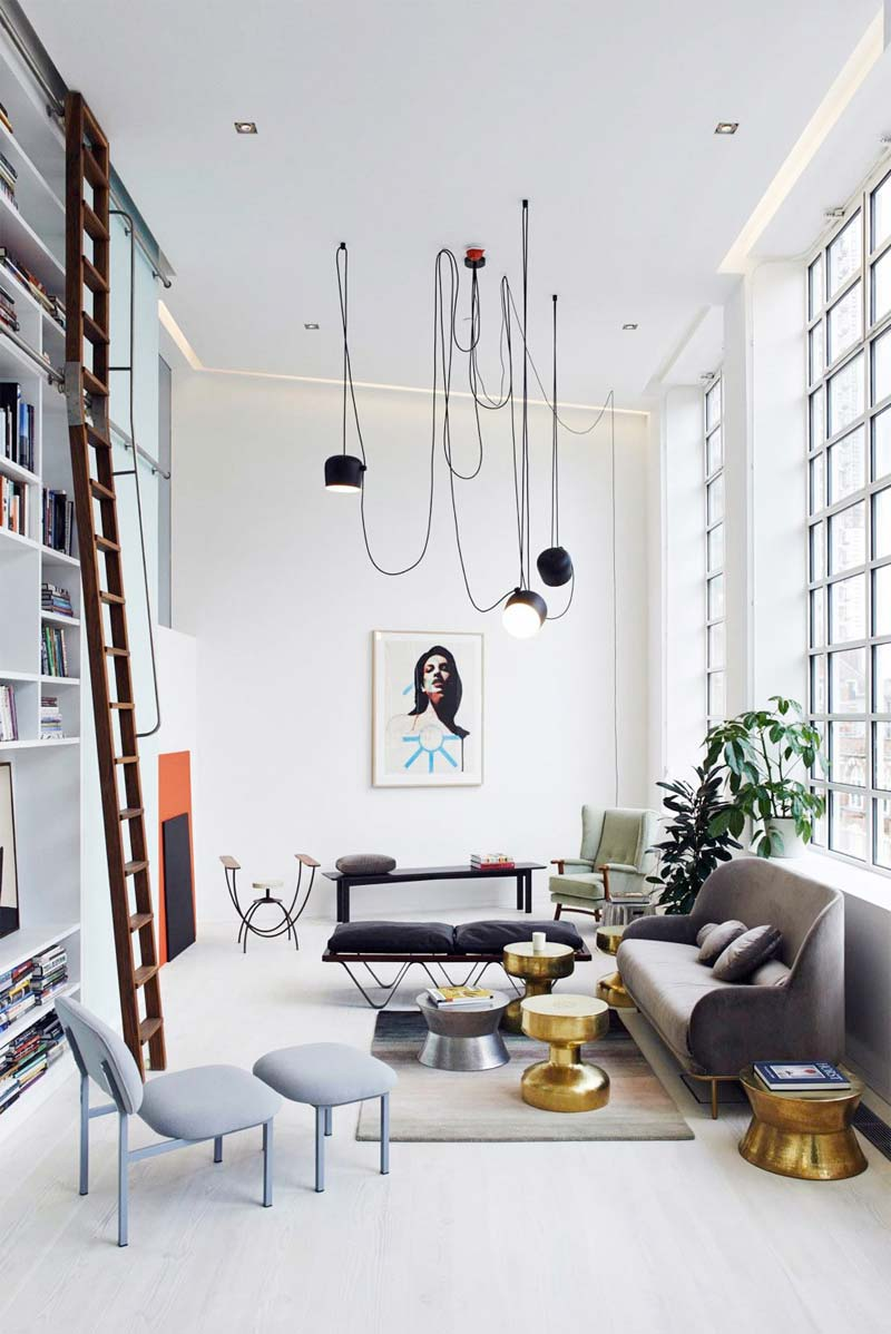 Flos Aim hanglamp boven salontafel