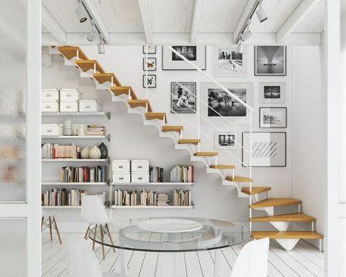 Fotolijstjes bij de trap