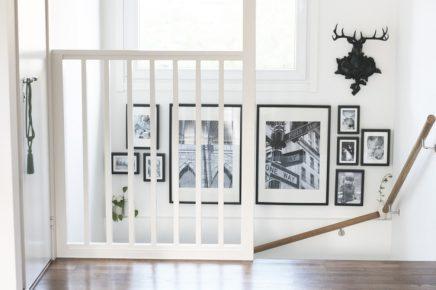 Fotolijstjes bij trap