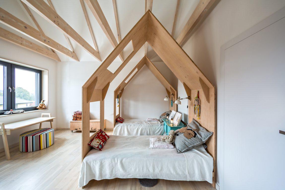 Kinderkamer Kinderkamer Bedden : Gedeelde kinderkamer met twee huisjesbedden inrichting huis
