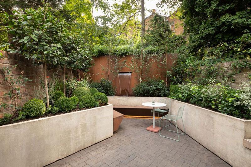 Geometrisch tuinontwerp voor kleine tuin